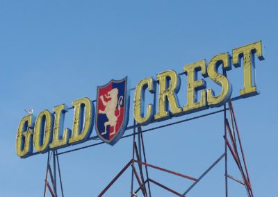 The Gold Crest Motel
