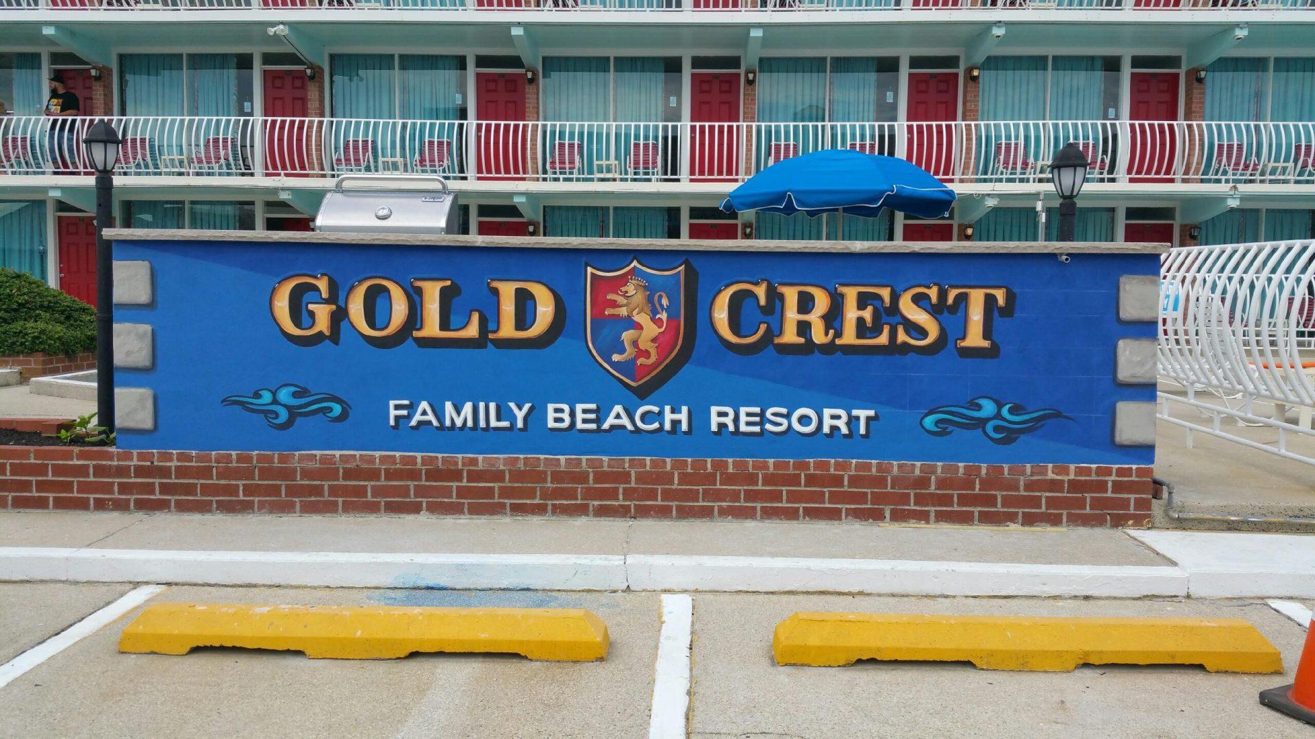 Gold Crest Motel Social Wall